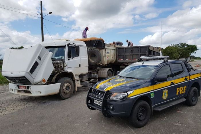 Caminhão é apreendido com 12 toneladas de excesso de peso na PB