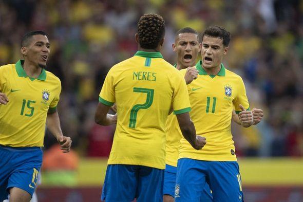 Brasil enfrenta Argentina em disputa por vaga na final