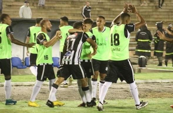 Treze volta a vencer na Série C ao bater Santa Cruz, no Amigão