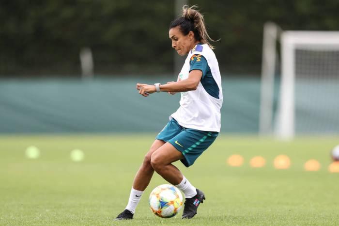 Brasil precisa de empate para jogar oitavas da Copa feminina
