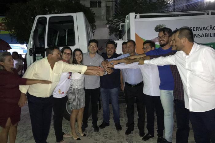 Prefeitura de São João do Tigre entrega pacote de ações para população