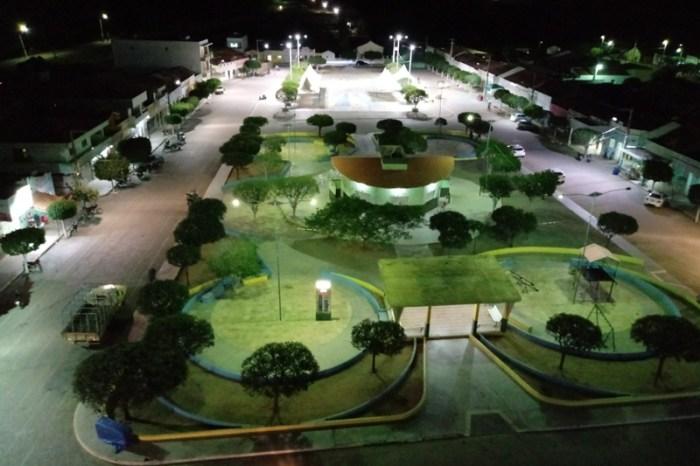 Prefeitura de S. S. do Umbuzeiro realiza substituição de lâmpadas comuns por LEDs