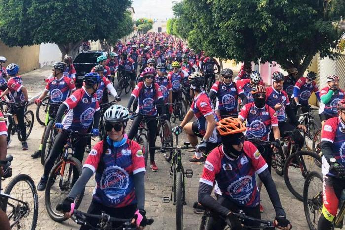 """EXPOPRATA: Ciclistas divulgam maior evento da cidade com um """"Pedala Prata"""""""