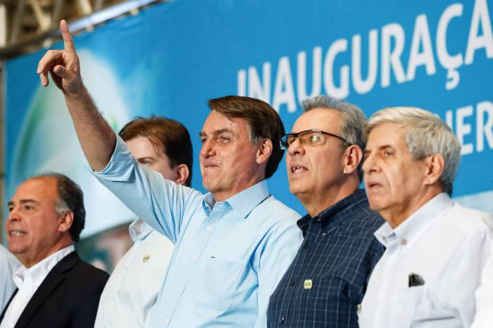 Bolsonaro volta a atacar governadores do Nordeste