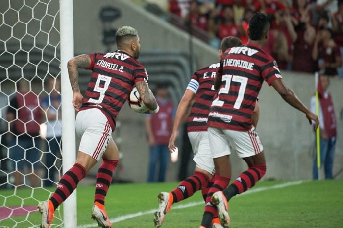 Libertadores: Flamengo vence Emelec com drama nos pênaltis