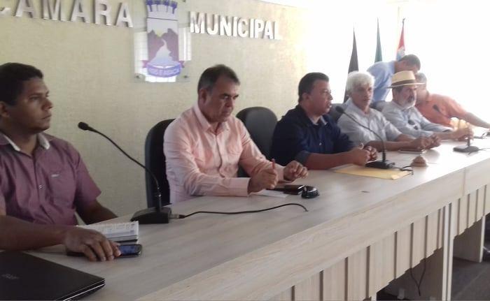 Prefeito em exercício articula reunião para debater problemas nas DAPs dos agricultores