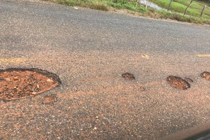 Presidente da Câmara pede recuperação da rodovia estadual que liga Camalaú a Sumé