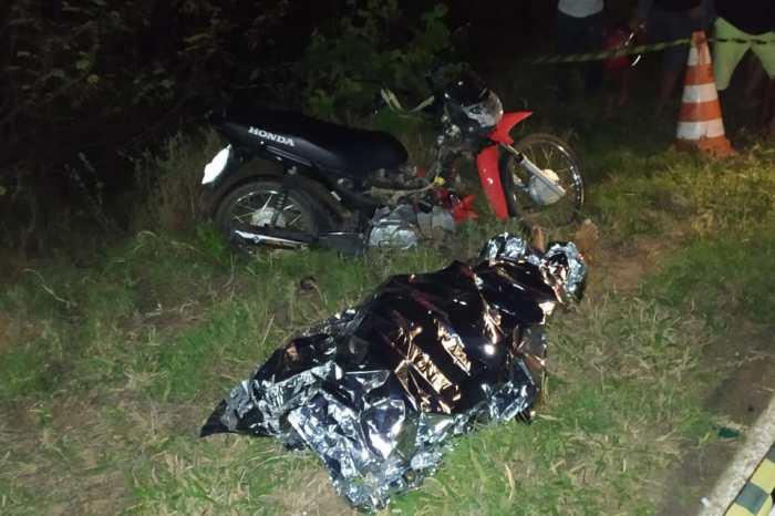 Homem morre após colisão entre moto e animal no município de Monteiro