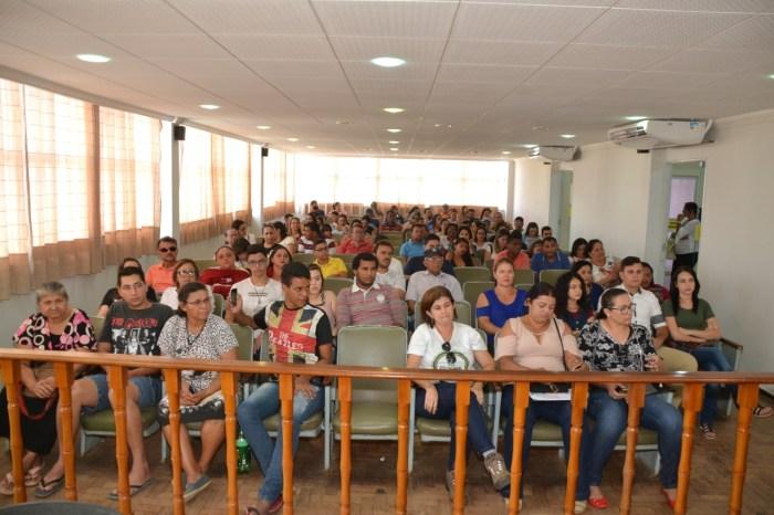 EM MONTEIRO: Ex-governador participa de plenária para o Ato SOS Transposição