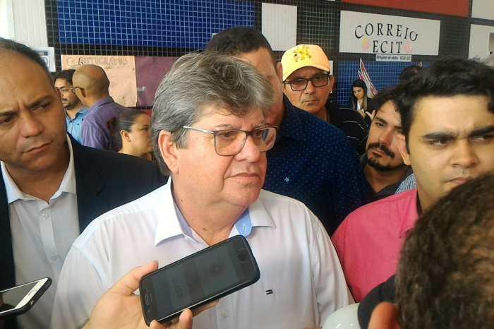 Governador não confirma presença em evento do PSB