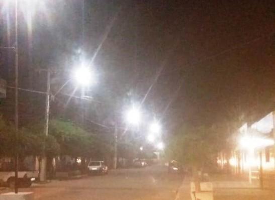 Secretaria de Infraestrutura intensifica reposições de lâmpadas em Monteiro