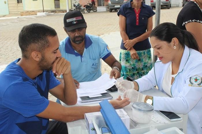 Prefeitura de Sumé promove feira de saúde e realiza 150 atendimentos no Mandacaru