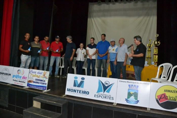 Comemoração marca a entrega de premiação da Copa Dr. Chico de Futsal em Monteiro
