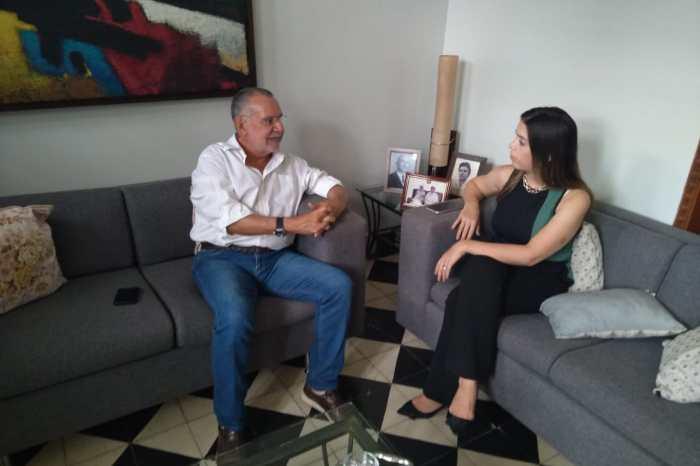MOÍDOS DA REDAÇÃO: Prefeita de Monteiro confirma candidatura à reeleição durante encontro com Carlos Batinga