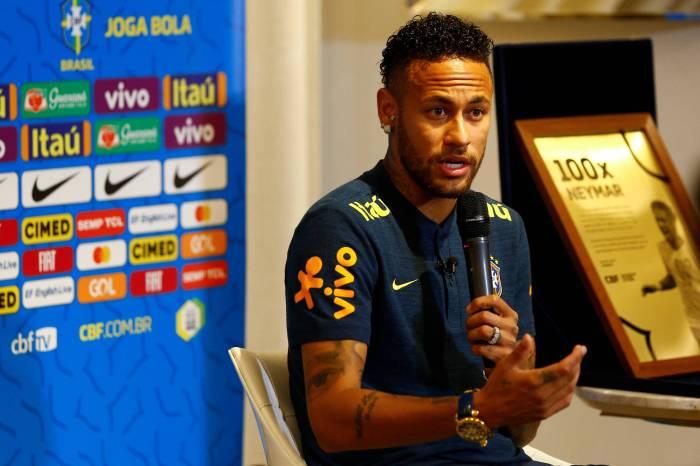 Neymar diz que já carregou seleção nas costas e defende privilégios