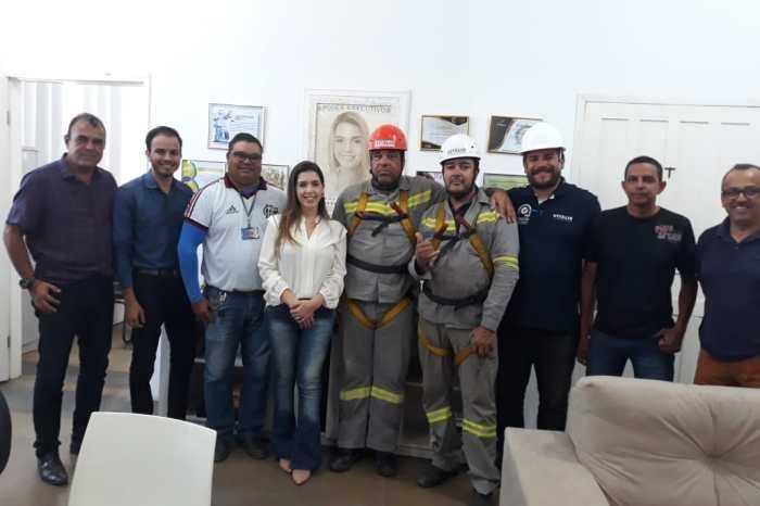 Prefeitura de Monteiro conclui primeira etapa da implantação de lâmpadas de LED