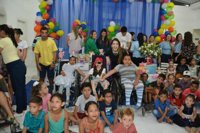 Dia das Crianças é comemorada com muitas brincadeiras do no CER II e Napse em Monteiro