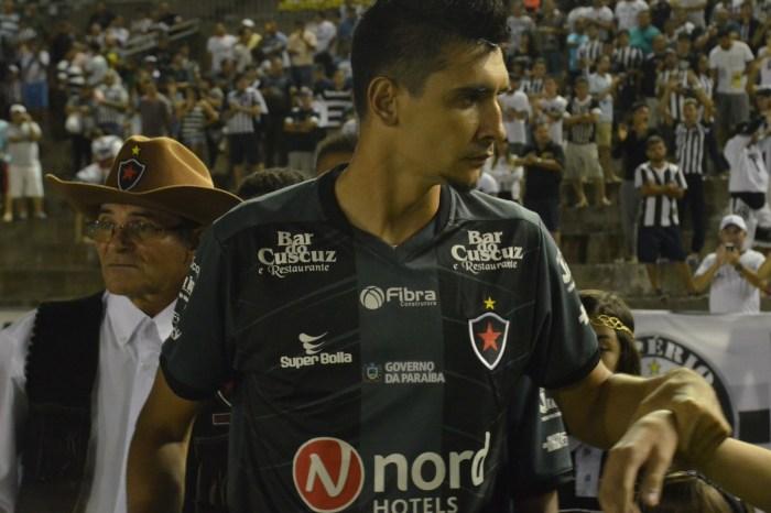Botafogo-PB anuncia retorno do zagueiro Marcelo Xavier