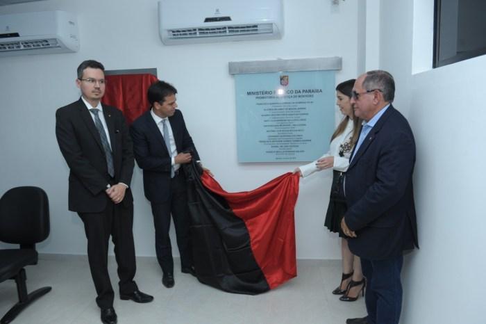 Prefeita Anna Lorena prestigia inauguração da Promotoria de Justiça de Monteiro