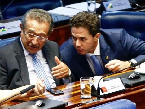 Maranhão e Veneziano votam contra, mas reforma é aprovada