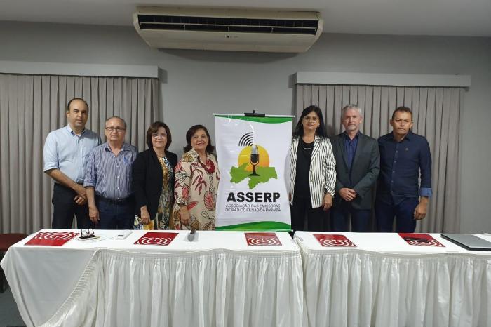 Caririzeiros tomam posse na diretoria da Associação das Emissoras de Radiodifusão da PB