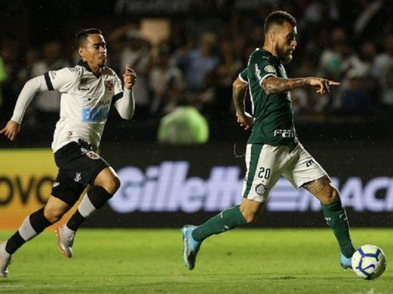 Palmeiras vence e mantém pressão no Flamengo