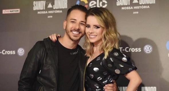 Sandy e Junior encerram turnê com show para 100 mil pessoas no Rio