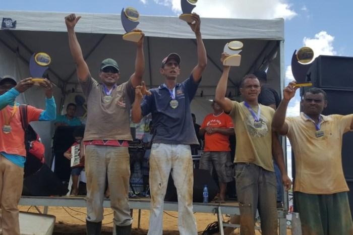 Torneio 'Pá na Cova' premia coveiros mais rápidos da PB