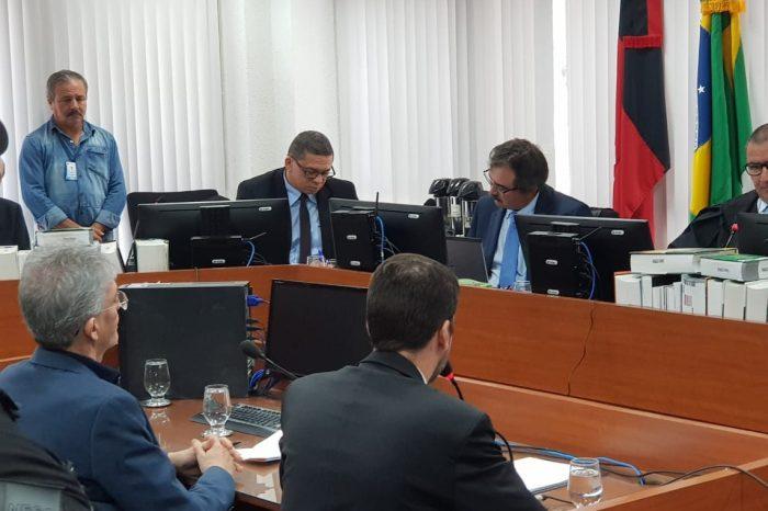 Juiz mantém prisão de Ricardo Coutinho e manda ex-governador para cela coletiva