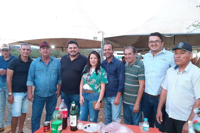 Ex-candidata a prefeita de São João do Tigre deixa oposição e anuncia apoio ao grupo do prefeito