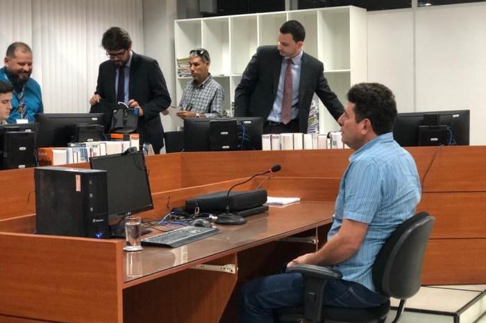 Ex-secretário Ivan Burity alvo da 'Calvário' é solto após dois meses preso