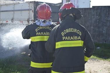 Criança morre após teto de casa desabar durante incêndio na PB