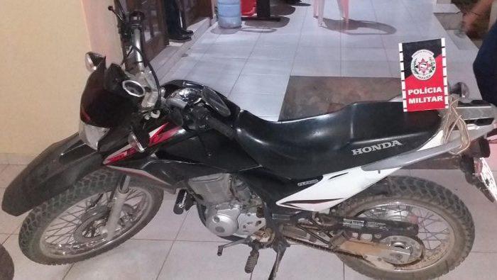 Polícia Militar recupera moto furtada em Monteiro em menos de 24h