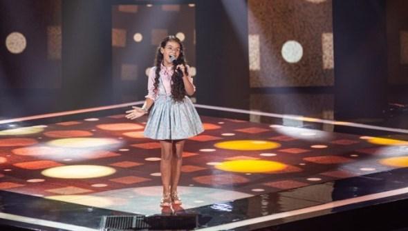 Paraibana leva forró para o 'The Voice Kids' e vira as três cadeiras