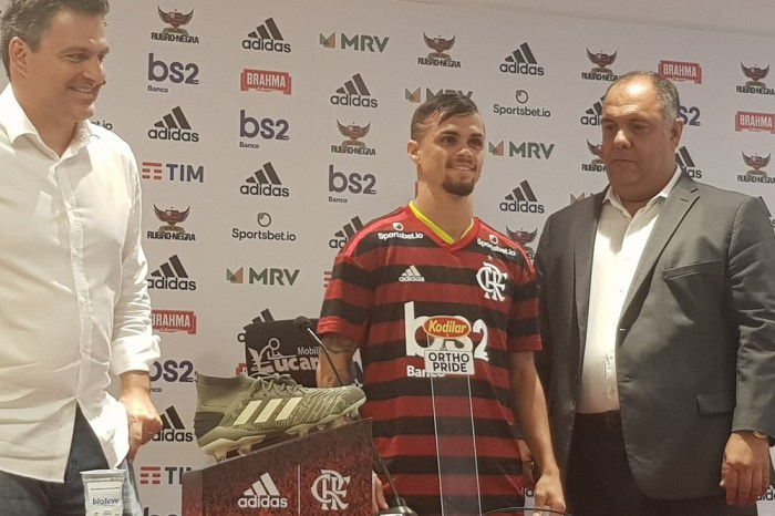 """Apresentado Michael explica, """"Pesou a grandeza do Flamengo"""""""