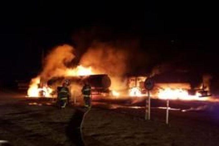 Caminhões pegam fogo durante transferência de combustíveis na PB