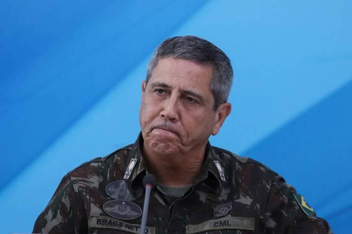 Bolsonaro anuncia Onyx na Cidadania e general Braga Netto na Casa Civil