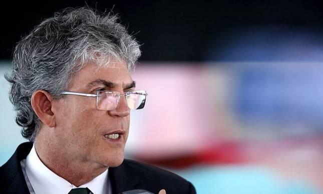 MOÍDOS DA REDAÇÃO: STJ mantém Ricardo Coutinho solto, mas impõe medidas cautelares