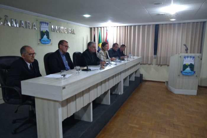 Prefeita Anna Lorena acusa apresentadores de programa de rádio de tentarem denegrir sua gestão com mentiras