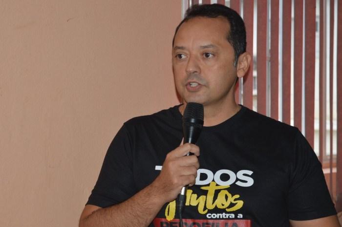 EM SUMÉ: Prefeito Éden Duarte anuncia calçamentos para mais 22 ruas da cidade