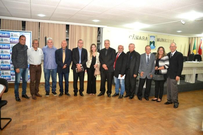 Trabalhos Legislativos são abertos em Monteiro com a presença de Lorena e Celecileno