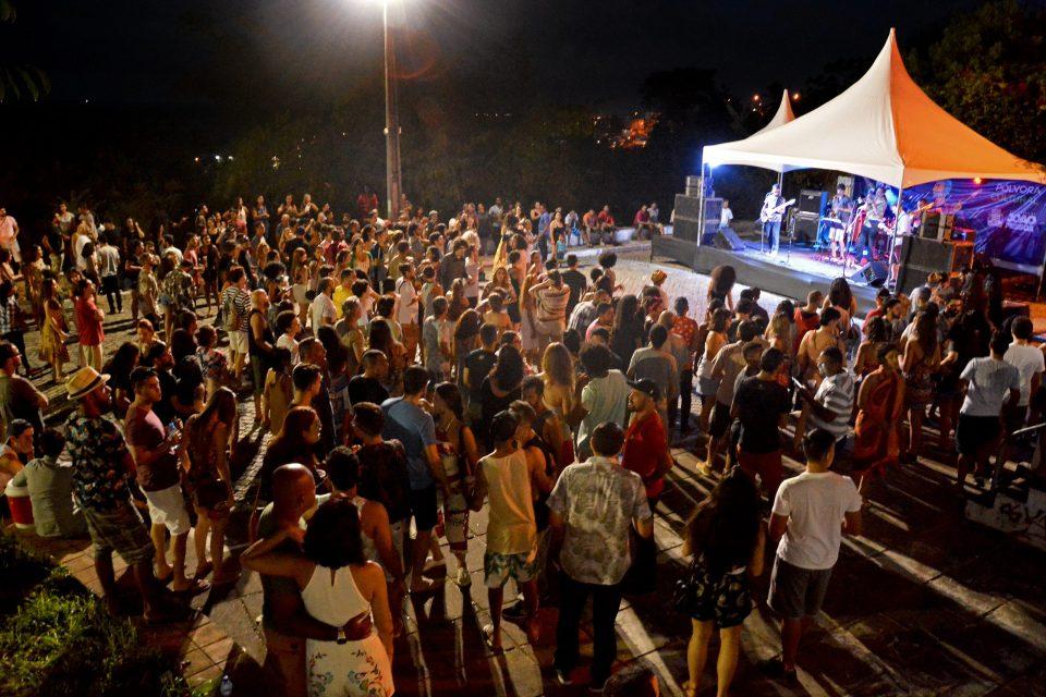 Carnaval de Boa no Centro Histórico movimenta foliões