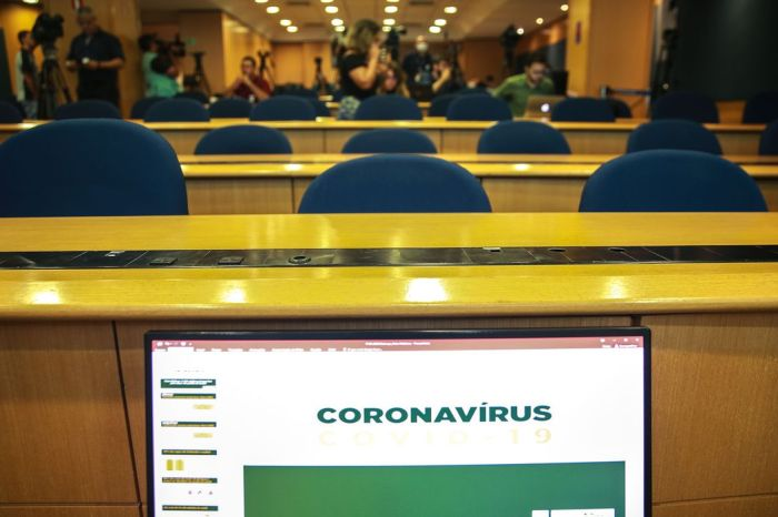 Covid-19: número de mortes no país sobe para 136