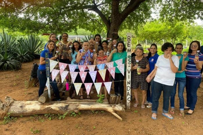 CAPS de Sumé celebra Dia Internacional da Mulher e retorno do Projeto Sumé com Flores