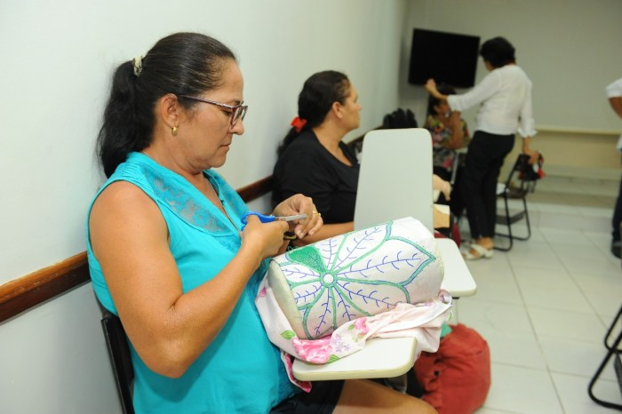 Centro de Referência do Artesanato fortalece renda renascença no Cariri