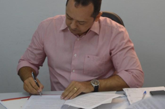 Prefeito Éden convoca mais 19 aprovados em Concurso Público e Processo Seletivo Simplificado
