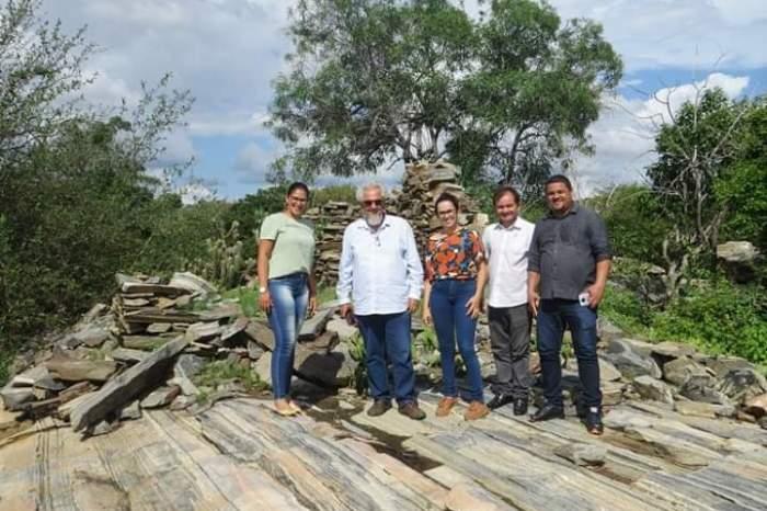 Caraúbas recebe visita do Secretário da Cultura e é inserida no roteiro Caminho das Pedras