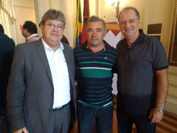 Prefeito de Parari, José Josemar, deixa PSB e se filia ao Cidadania de João Azevedo