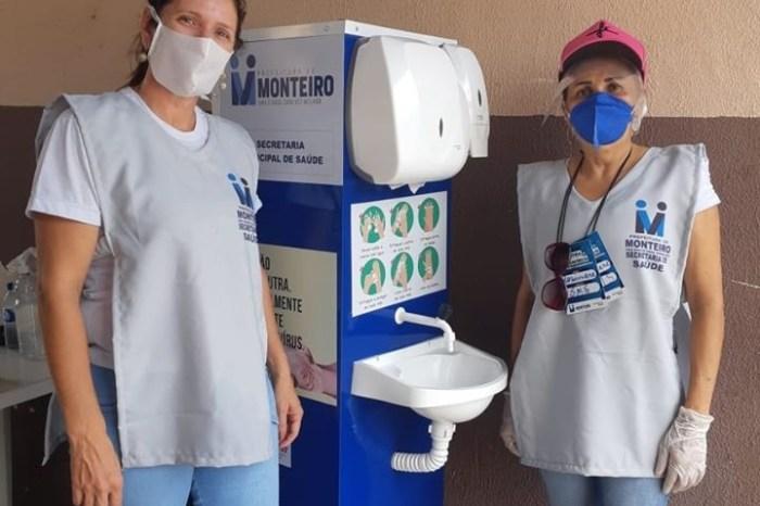 Prefeitura disponibiliza lavatórios de mãos em pontos estratégicos da feira livre