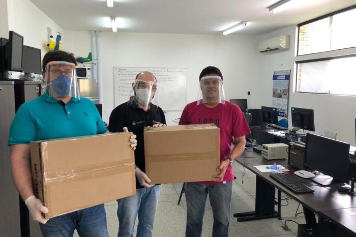 Prefeitura de Sumé doa impressoras 3D para o CDSA produzir EPI para os profissionais de saúde
